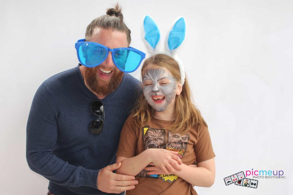 Pic Me Up Photo Booths Inc - Favourites19